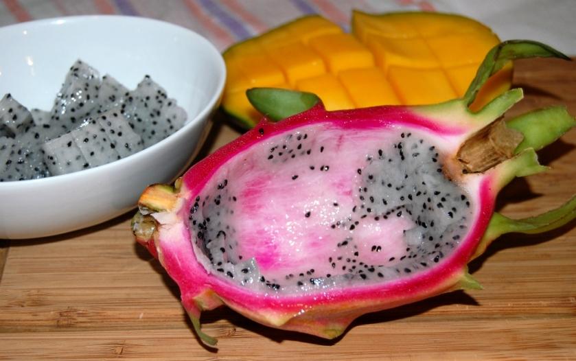 sałatka z owoców egzotycznych